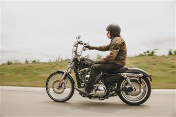 2016 Harley-Davidson Seventy-Two Sportster.