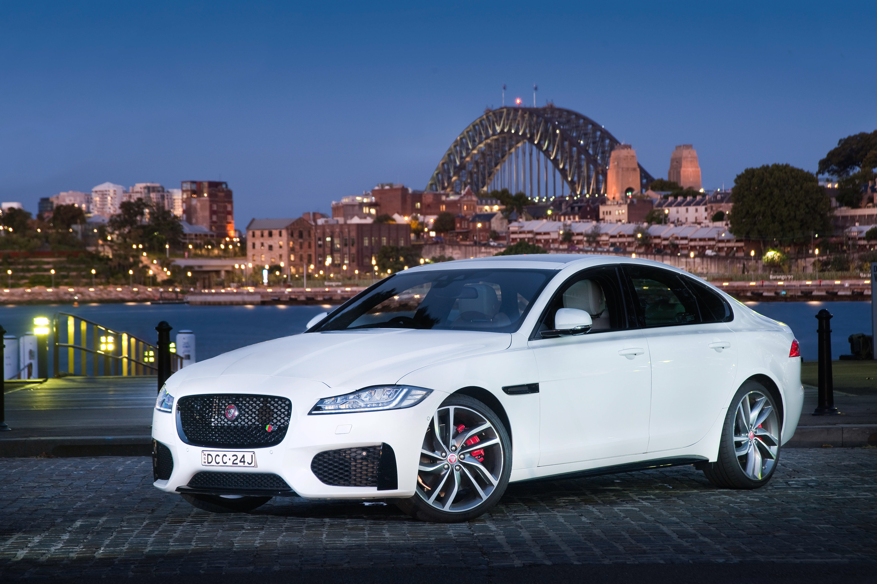 Jaguar XF Awarded 5 Star Safety Rating by ANCAP