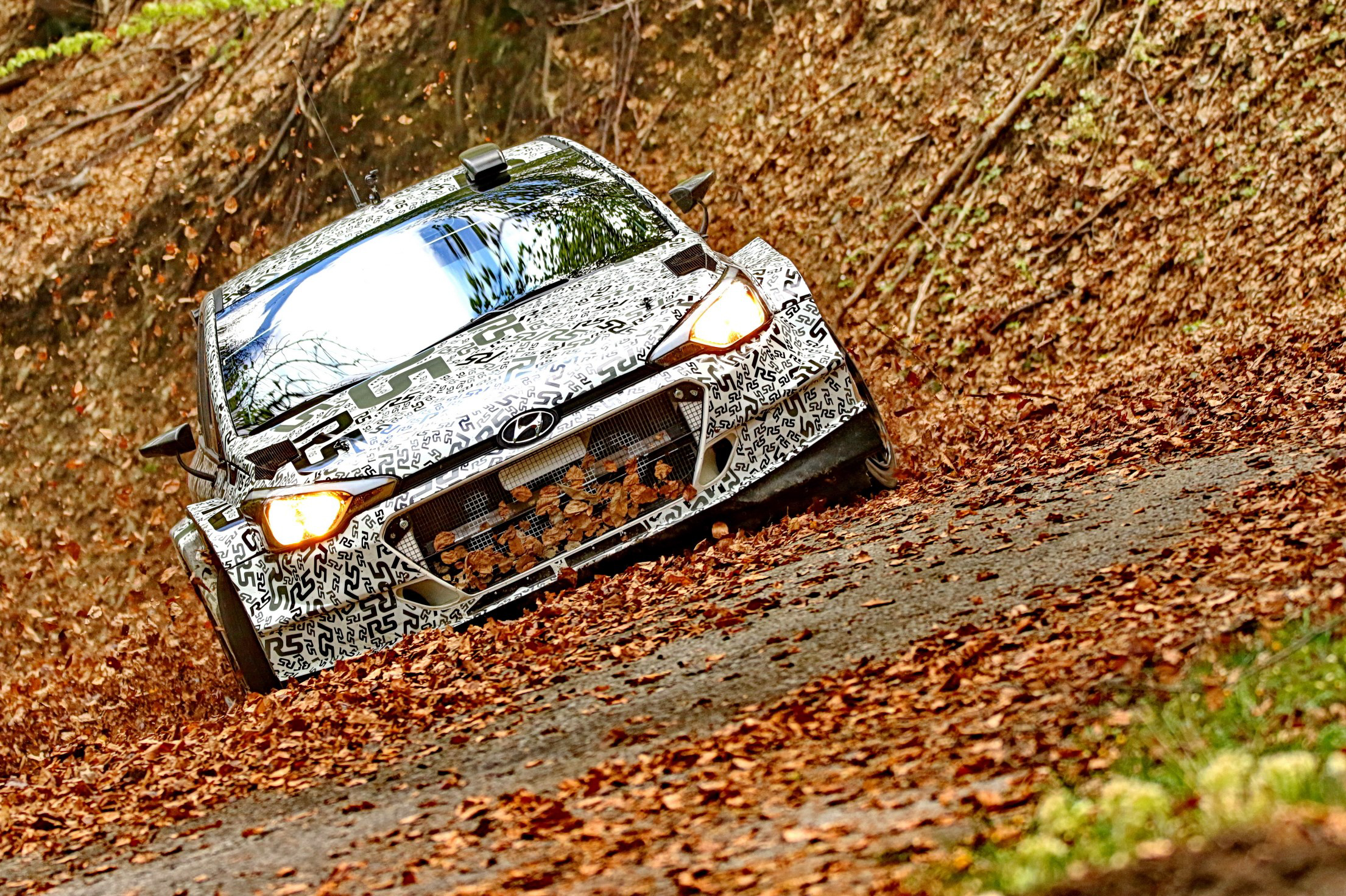 Hyundai Motorsport's New Generation i20 R5 takes on further tarmac testing in Italy