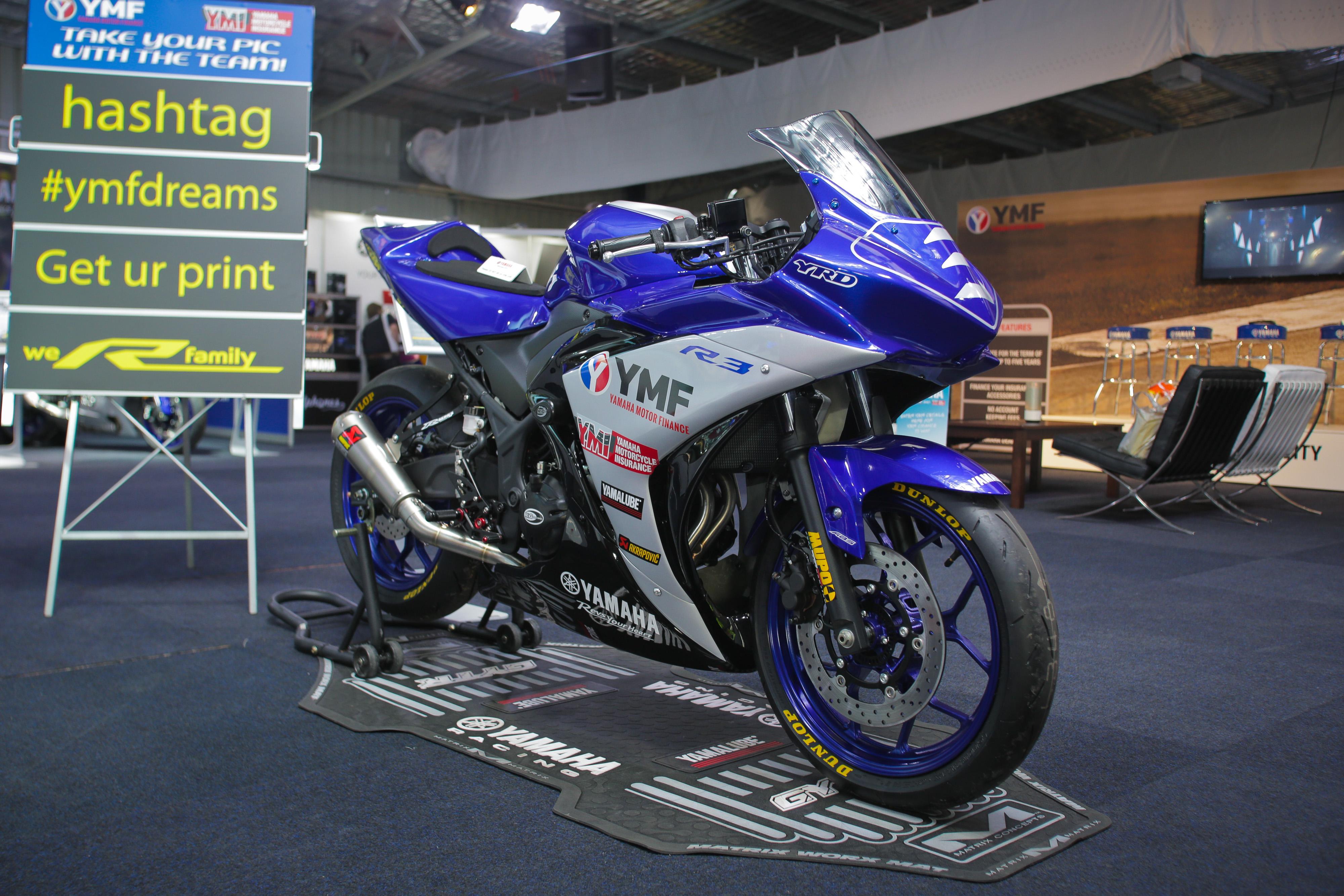 Yamaha YZF-R3 Cup bike.