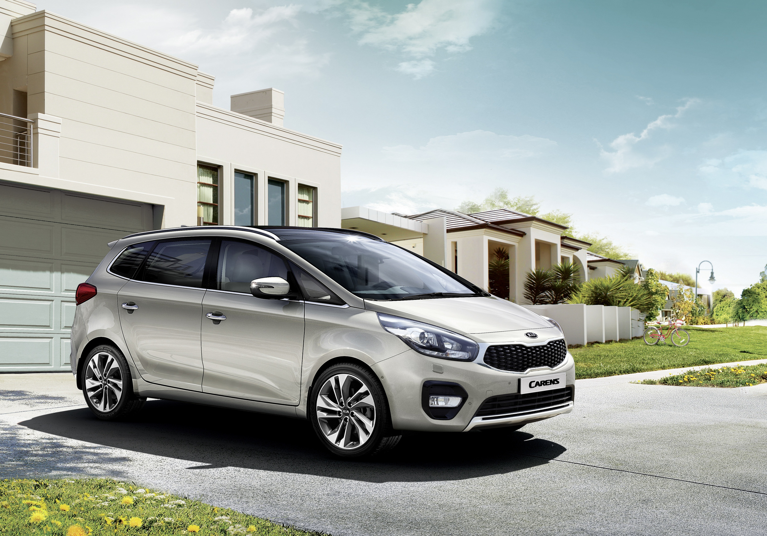 Kia announces details of key upgrades to Carens (Rondo)
