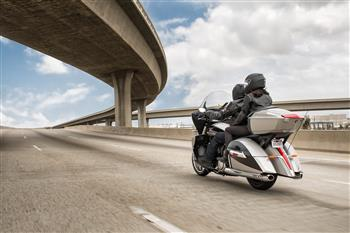 2017 Victory Cross Country Tourer