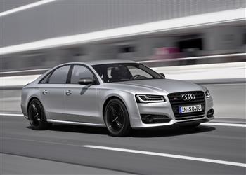 2015 Audi S8 plus