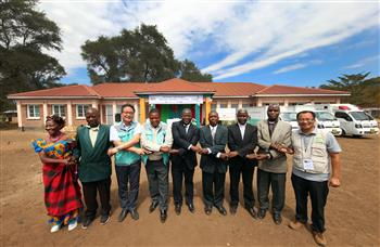 Kia hands over secondary school and healthcare centre to local communities in Tanzania and Malawi