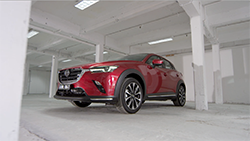 2018 Mazda CX-3, New front grille and rear combination lamp designs enhance Mazda CX-3's elegant aesthetic.