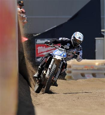 Stars of Australian motorcycle racing to converge on Melbourne Showgrounds for Baylisstic Scramble Teams Challenge