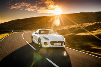 20MY Jaguar F-TYPE Chequered Flag Limited Edition Coupé