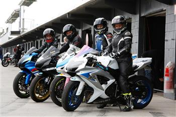 Expert Rider Tuition From Suzuki Champions Confirmed For Suzuki Sports Bike Track Day
