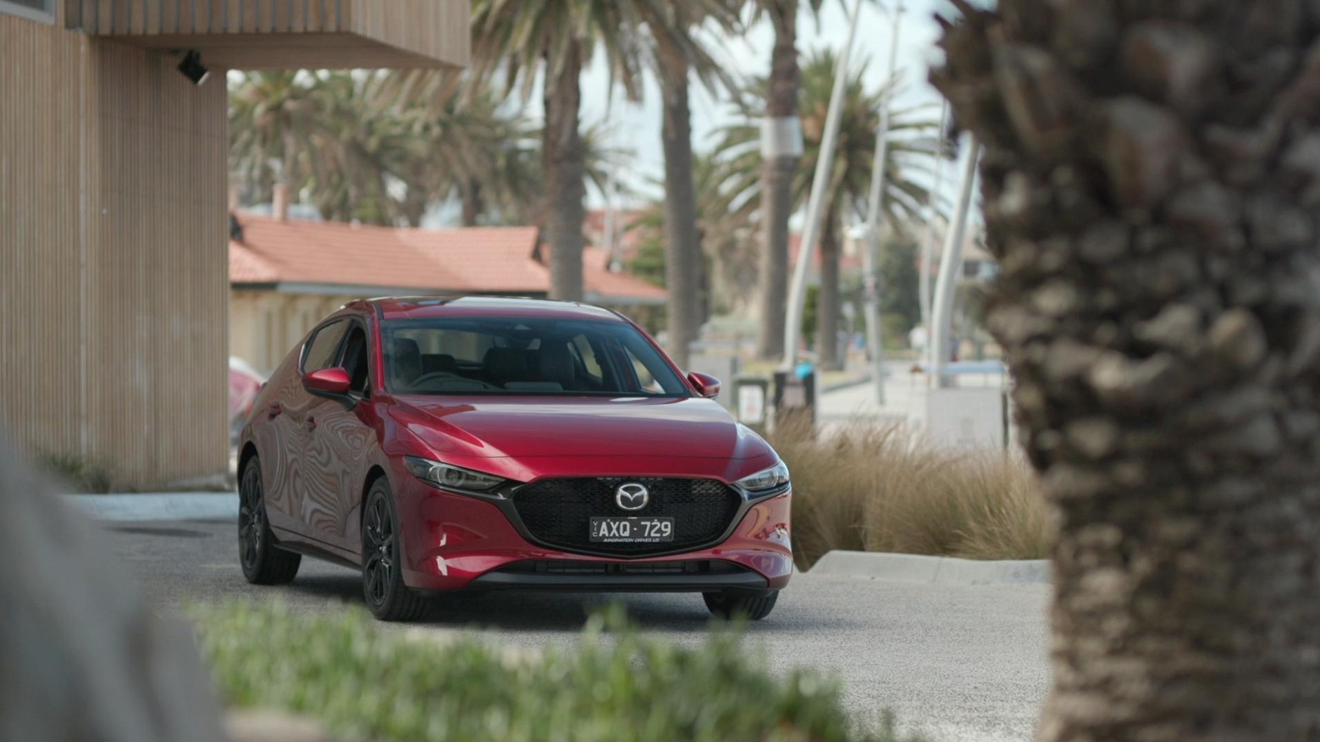 Next-Gen 2019 Mazda3 imagery – G25 Astina hatch (Australian spec) overlay material.