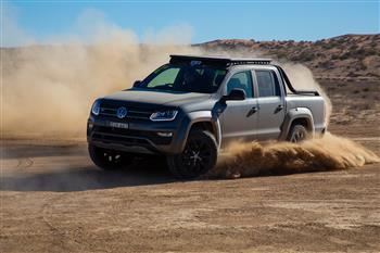 The Ute we had to have: Amarok V6 manual confirmed; V6 Highline Black and Canyon coming