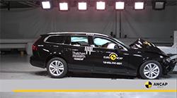 The Volvo S60 sedan and Volvo V60 estate (wagon) introduced from August 2019 scored maximum points for the protection of child occupants in the two destructive crash tests which feature 6 year and 10 year child dummies.