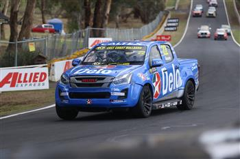 2019 SuperUte Round 6: D-Max Extends Championship Lead In Bathurst
