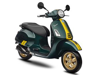 2020 Vespa Sprint Racing Sixties and Vespa GTS Super Racing Sixties.