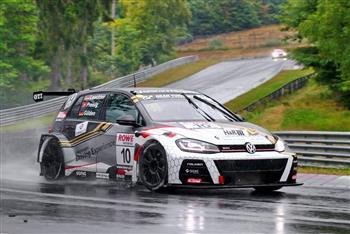 Falken Wins Class at Nürburgring