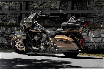 2020 Jack Daniel's® Limited Edition Indian Roadmaster® Dark Horse®.