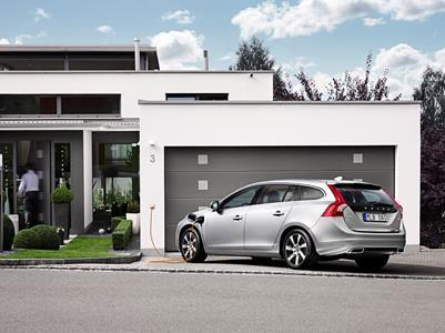 Volvo V60 Plug-in Hybrid Highest Safety Score Ever For An El