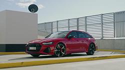 2020 Audi RS 6 Avant B-roll.