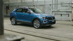 MY21 Volkswagen T-Roc 110TSI Style (with all available options) B-Roll.