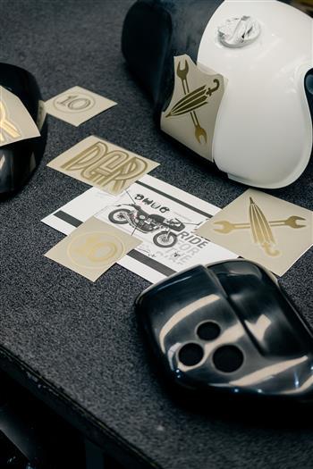 2021 Triumph DGR Thruxton RS