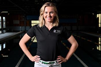 Team Bridgestone Australia Ambassador Ariarne Titmus Receives Hero's Welcome in Homecoming Tour